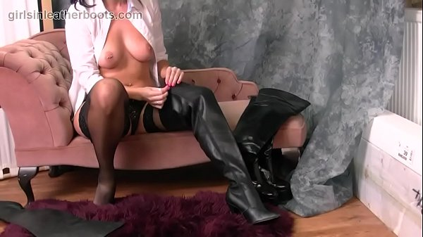 Nylon, Nylons, Boot