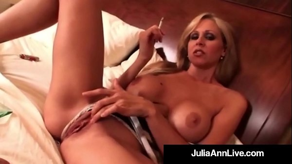 Julia, Smoking, Julia ann