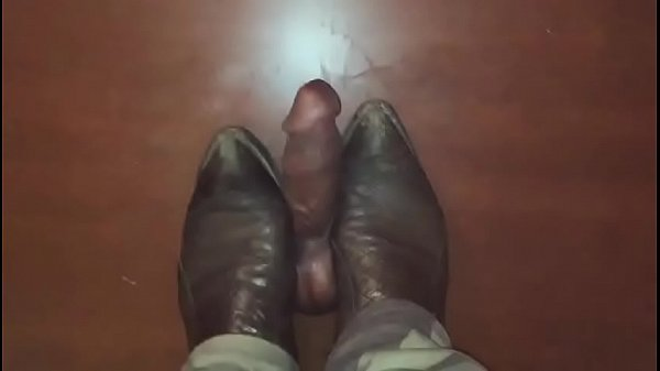 Boots m
