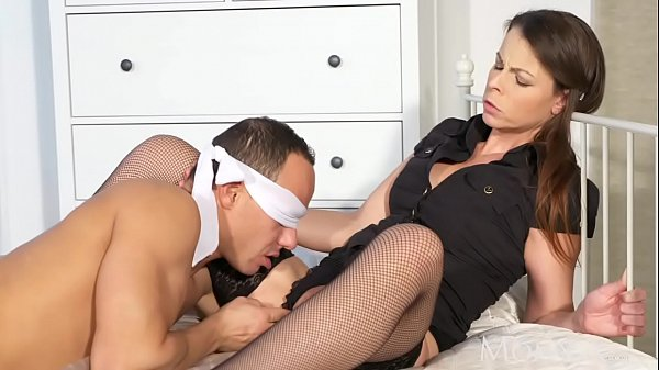 Wife and husband, Tie up, Blindfolded