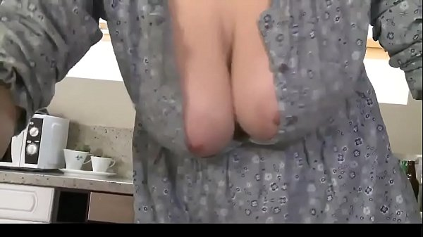 Big boobs, Downblouse
