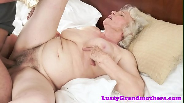 Amateur doggystyle, Hairy granny, Grannies
