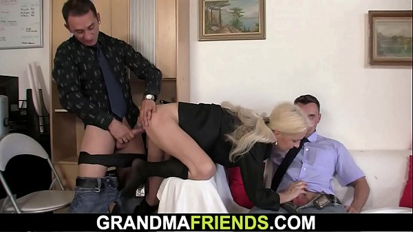 Threesome, Granny sex