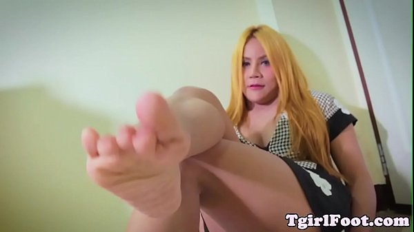 Footworship, Closeup